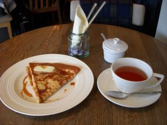 Kunitachi Tea House(TeaFree&Crepe(テ クレーム)¥1200)