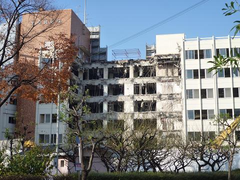 北市民病院解体