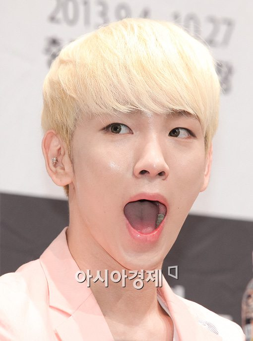 130819 MUSICAL Bonnie Clyde Press Conference newsphoto-3-2