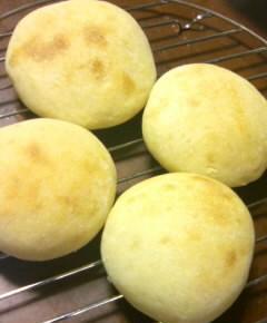 手作り練乳パン3