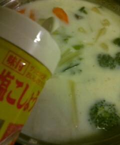 ポトケチャミルクミソ鍋16