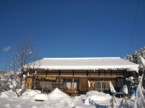 5屋根に雪