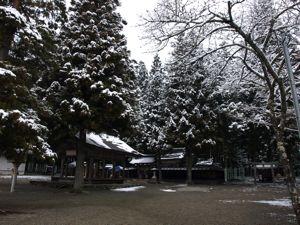8護山神社2