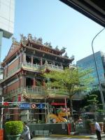 台湾旅行 街並み 無名のお寺