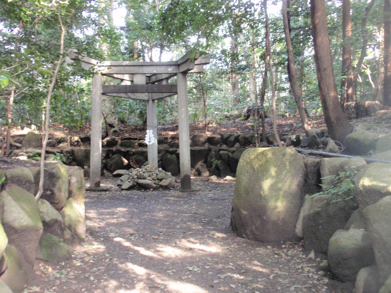 木島神社・三柱鳥居