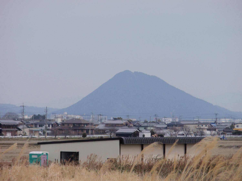 御上神社・三上山