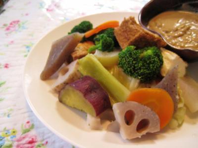 重ね蒸し温野菜