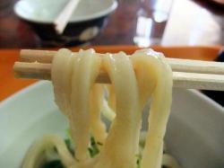 あた 醤油麺 .