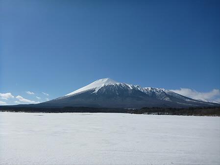 上坊牧野の岩手山01(2013.3.15)