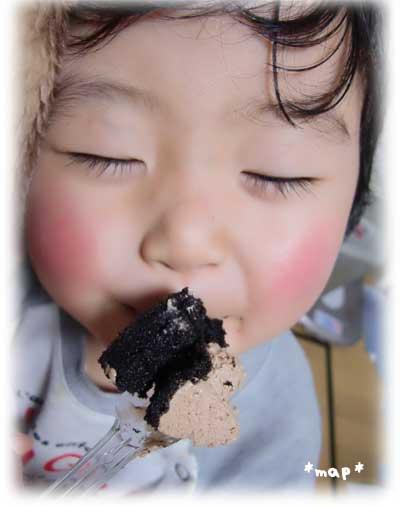 ローソン Uchi Cafe SWEETS プレミアム チョコロールケーキ 口コミ 体験