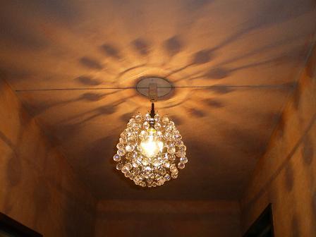 廊下のキラキラ照明