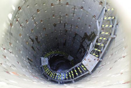 深さ18メートル(25.9.27)