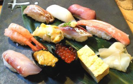 夕食はお寿司(25.10.23)