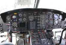 「こはくちょう」の操縦席