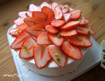 苺の花ケーキ