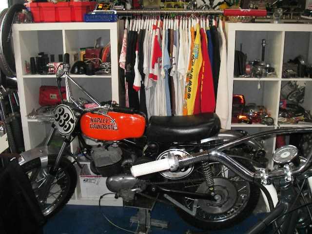 TUCK IN GARAGE