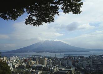 02 桜島 ~城山より (36%)シャープ
