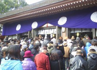 03 照国神社 初詣 (36%)