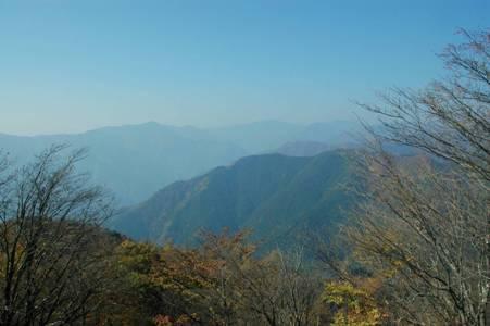 川苔山頂上からの眺望