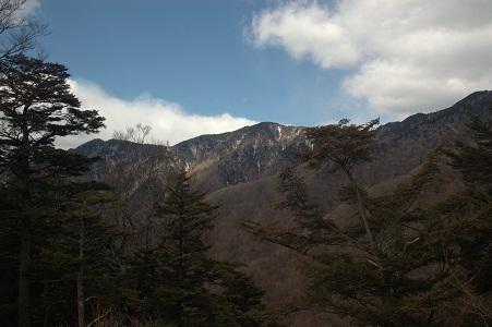 16_尾根からの眺め