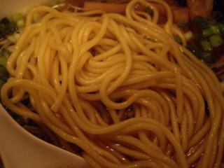 虎の食卓 塩ラーメン+味玉(麺)