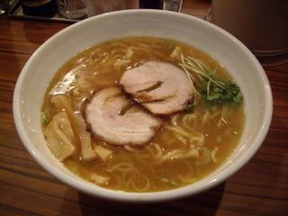 THE GYOKAI 麺くぼ田 醤油ラーメン