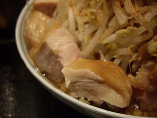 らーめん七琉門 ラーメン【小】+鶏チャーシュー(鶏チャーシュー)
