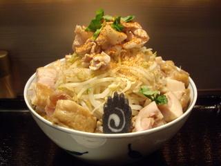 らーめん七琉門 ラーメン【小】+鶏チャーシュー