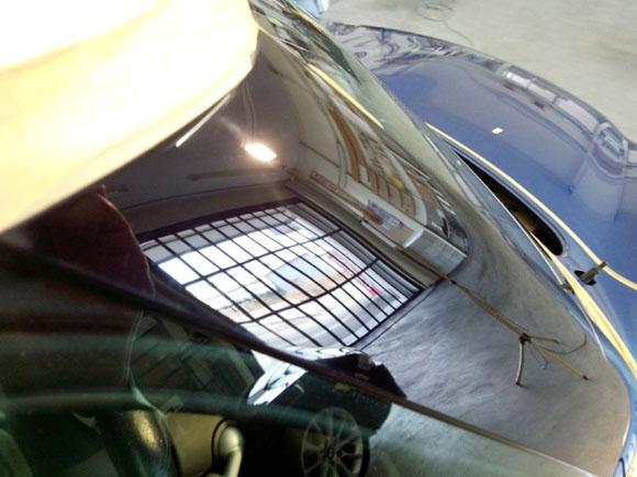 BMW ミニクーパーS:ハイパーブルーメタリック@ピラー:アフター