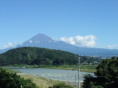 20101011東名上りー富士川SAー富士山