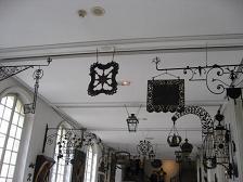 カルナヴァレ美術館 看板
