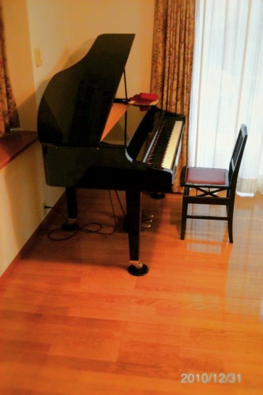 新居でピアノ配置