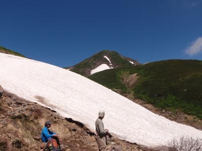 20110715カンクラ雪渓と御前峰