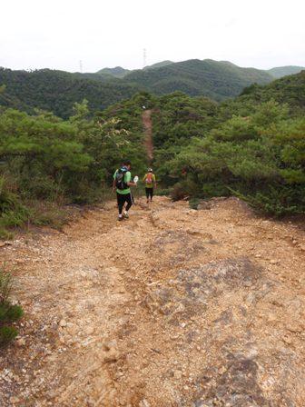 20110729継鹿尾山5