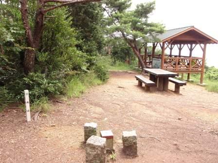 20110729継鹿尾山4
