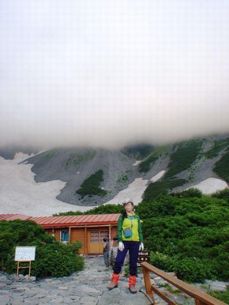20110817-1 涸沢、出発前、霧