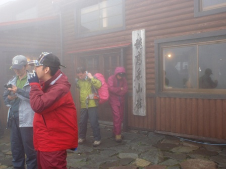 20110817-5 穂高岳山荘到着