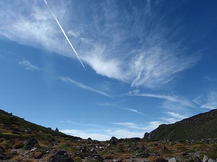 20110918-07賽の河原の飛行機雲