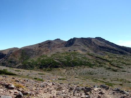20110918-08稜線から見た御嶽.jpg