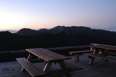 20110923_14桧尾岳と宝剣3テラスから