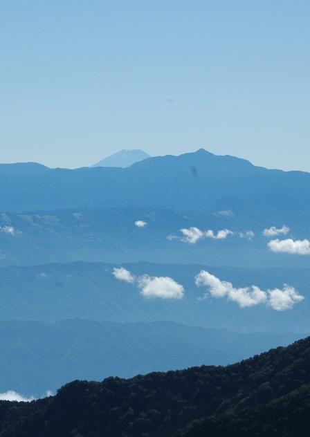 20110924_08富士と塩見
