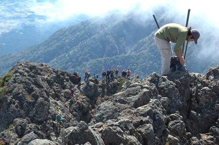 20111001-25山頂から権現岳方面