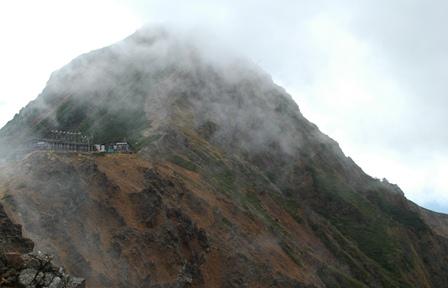 20111001-31地蔵尾根から見た天望荘