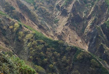 20111001-34地蔵から見た文三郎2アップ