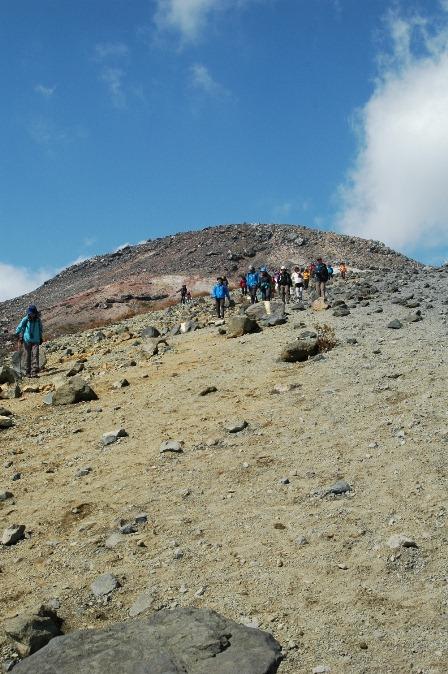 20111008-05茶臼岳への道