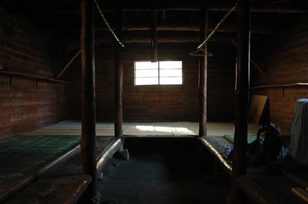 20111030-12小屋宿泊スペース