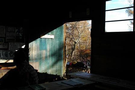 20111030-12小屋喫茶スペース