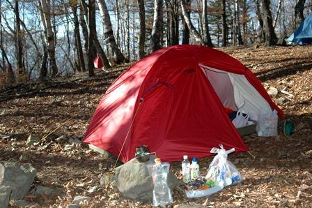 20111030-10テント設営