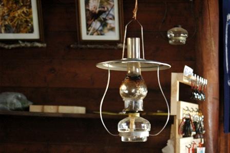 20111030-13小屋ランプ