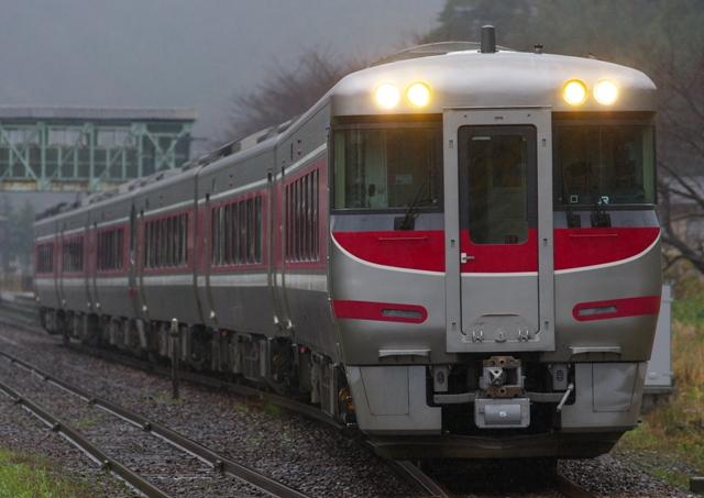 101212-JR-W-287-HAMAKAZE-TAKENO-1.jpg